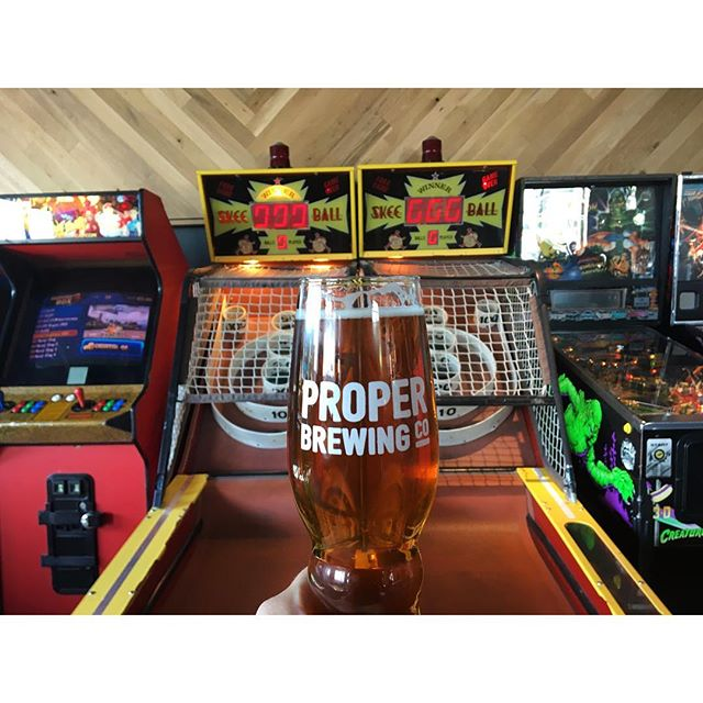Skee ball and beer 🍺 Yes!  #coasttoroastgoescoasttocoast #dawsonsontherun  City #saltlakecity