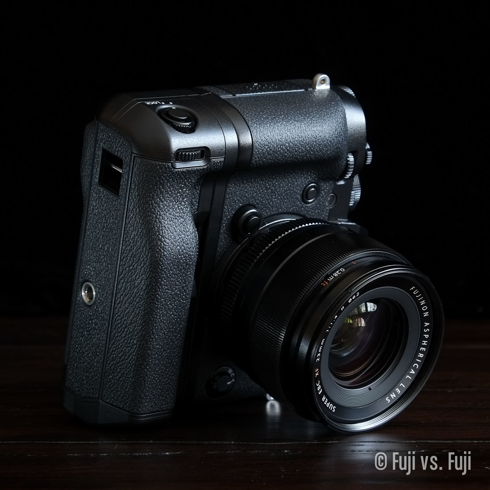 Once something a little heavier like the Fujifilm XF 23mm ƒ/1.4 is on there, you'll need to leave the camera.