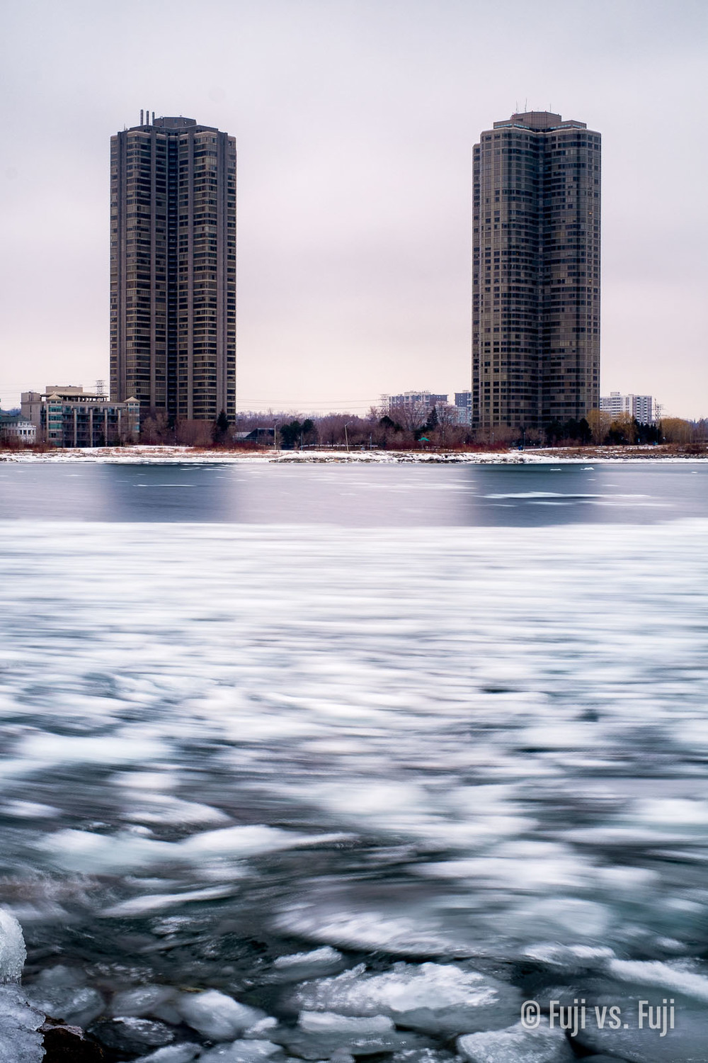 Fuji Fujifilm X-T1 vs X-E1 long exposure.jpg