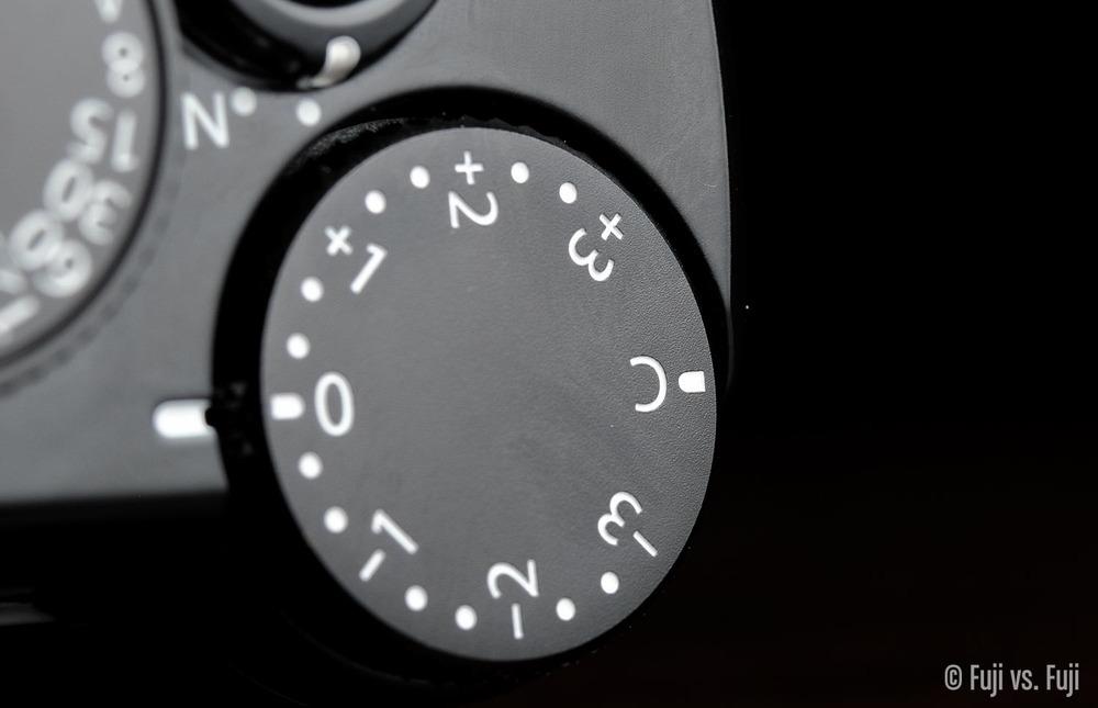 Fuji Fujifilm X-Pro2 exposure compensation dial.jpg