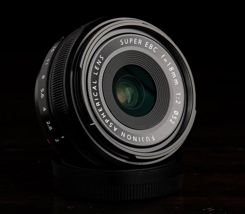Fuji Xf 18mm F 2 Vs Fujifilm X T100 Body Xf35mm F2 Black Kamera Mirrorless