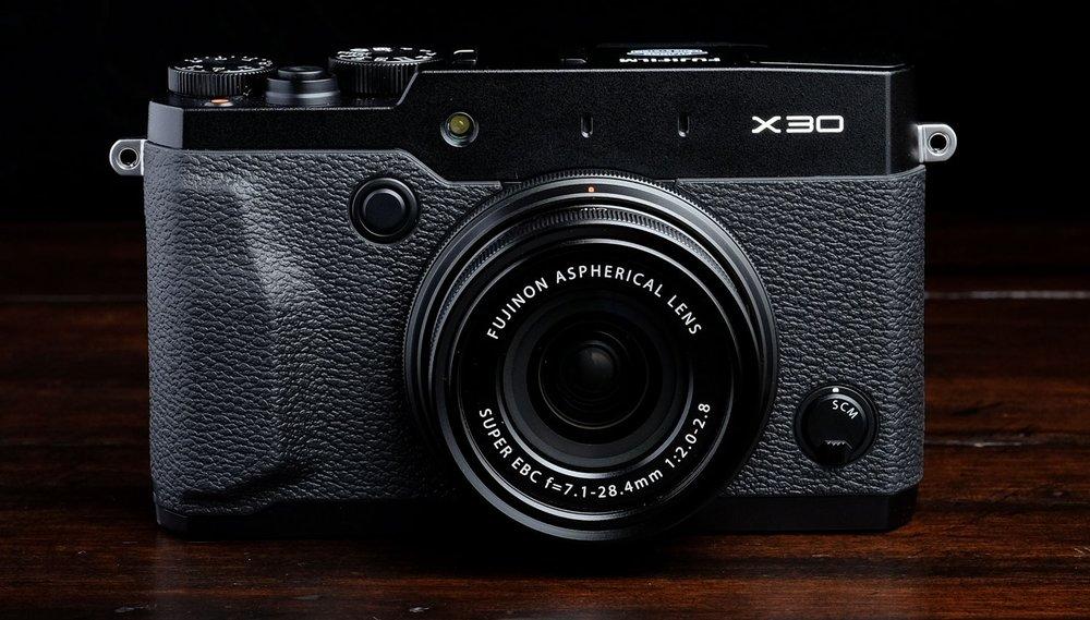 Fuji Fujifilm X30 front.jpg