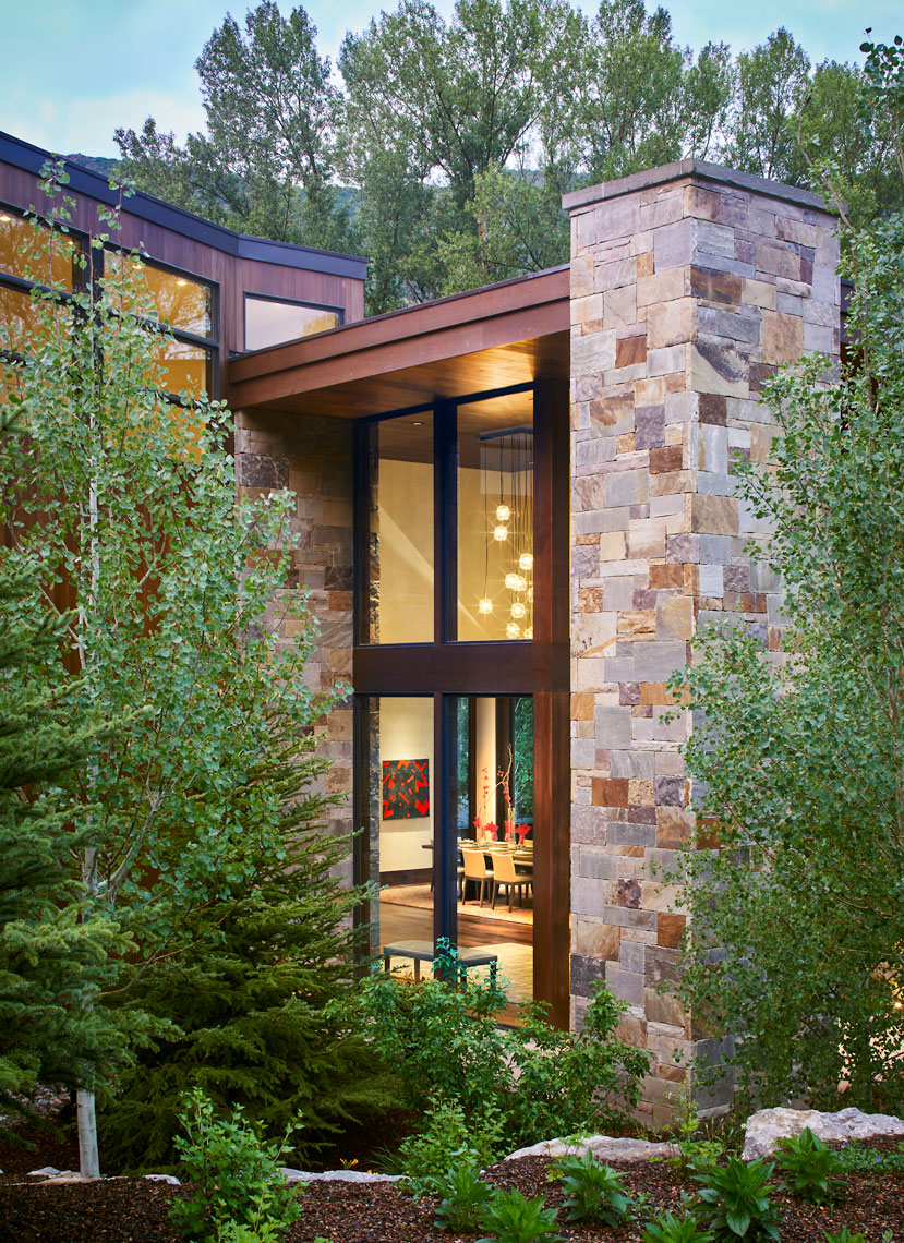 Structural-McLeod-40-Waterstone-Exterior-Entry-Side-7-7-15-Corrected-Web copy.jpg