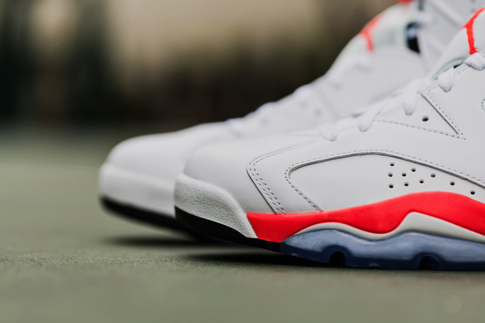 air-jordan-6-infrared-retro-4.jpg