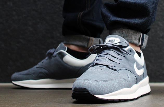 "Nike Air Safari ""Monotone Suede""- Cool Grey"