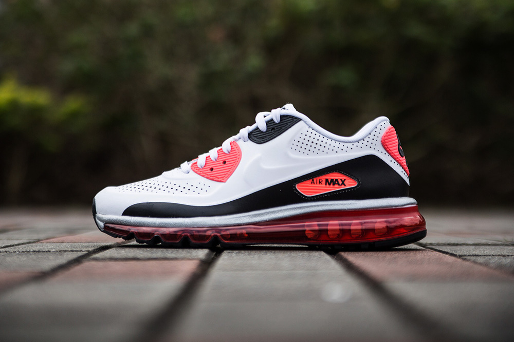 a-closer-look-at-the-nike-air-max-90-2014-infrared-1.jpg