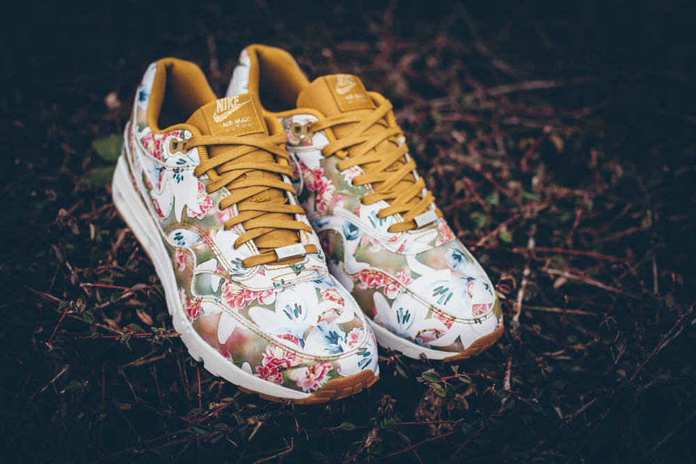 new styles e72e5 42022 ... italy the nike air max 1 ultra lotc pack. inspired by the seasonal  flower prints