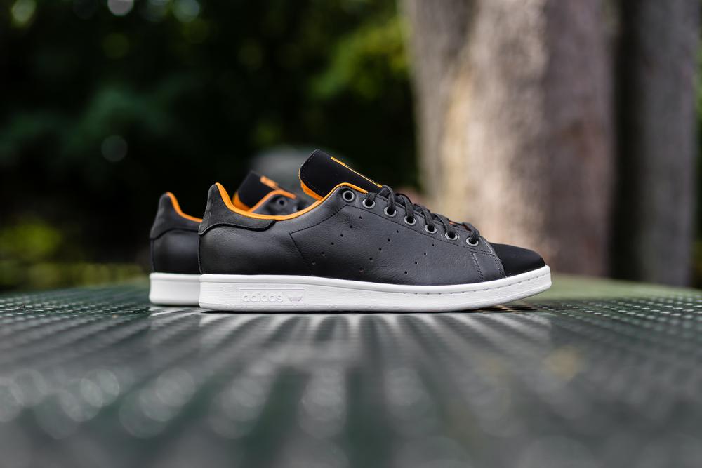 """separation shoes 0d743 48e21 Porter x Adidas Originals Stan Smith """"Black""""."""