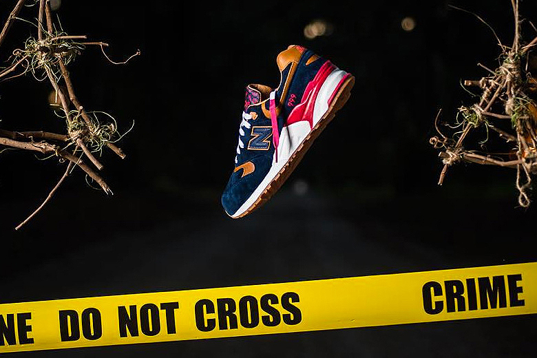 "Sneaker politics x New balance ""Case 999""."