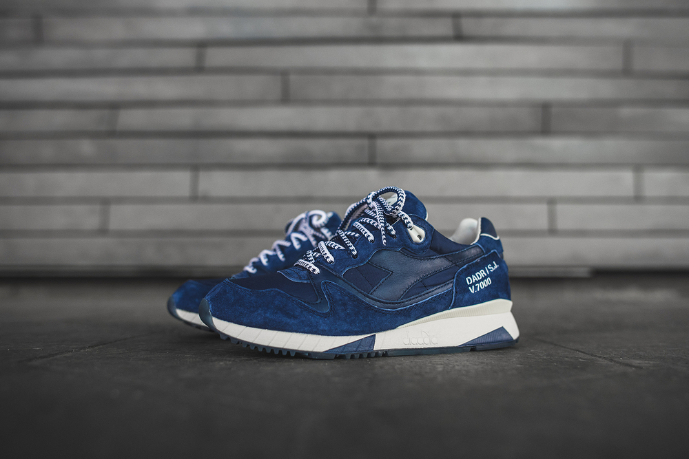 official photos 24454 26853 Ronnie Fieg introduces an brand-new silhouette using the V7000 as its  foundation with the RF7000 Primo. The New York-designer incorporates  vintage Diadora ...