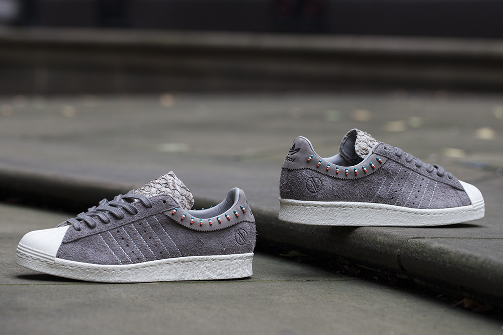 new style ab5b4 1018d INVINCIBLE x Adidas Consortium Superstar 80v.