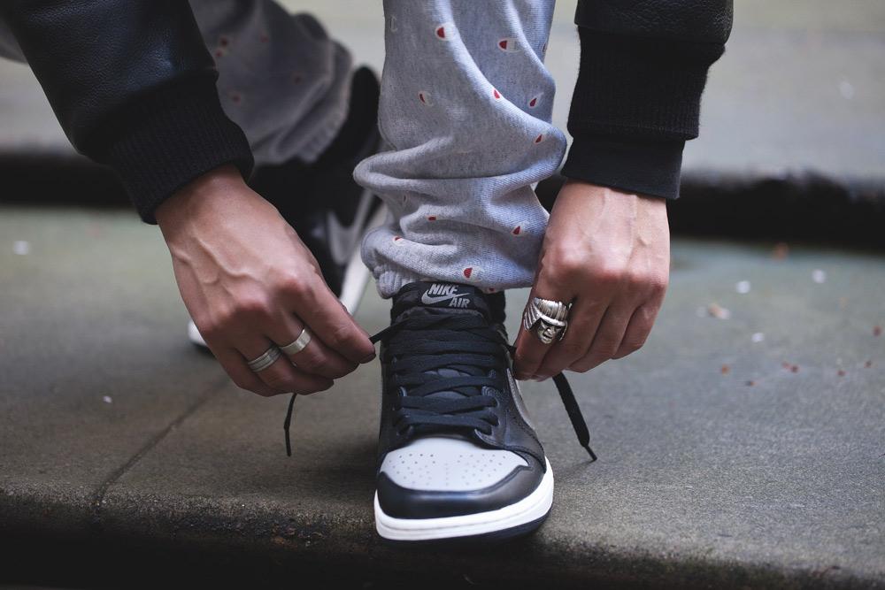 "The Air Jordan 1 Retro Low OG ""Medium Grey"" is due to be released 30th  December at selected retailers such as Footpatrol. c92238b389"