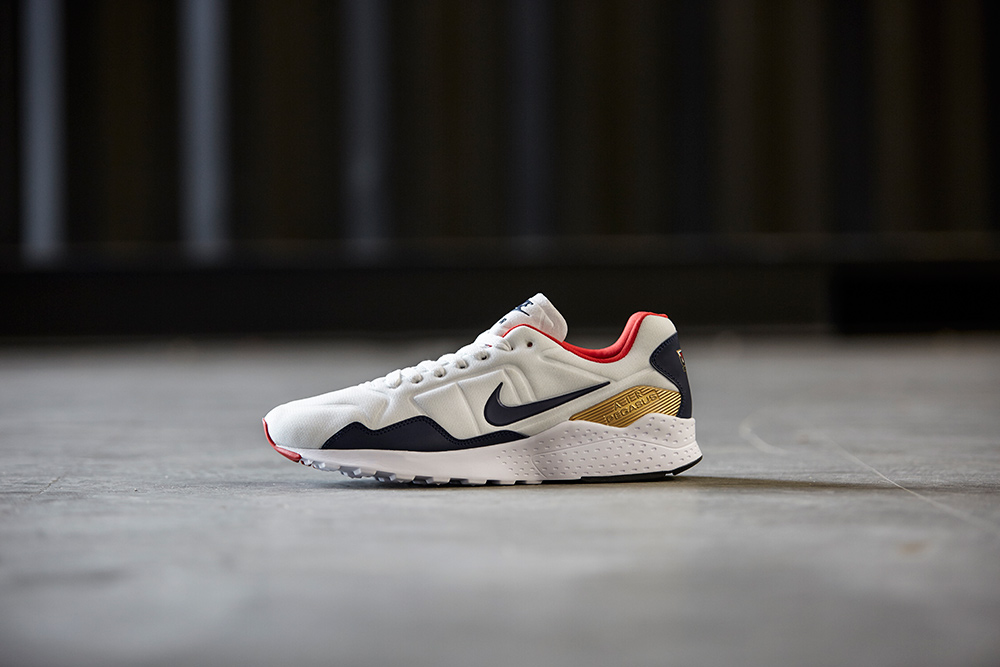 c79cf6bc89 Nike is also releasing the Zoom Pegasus 92 in a colourway that mirros the  classic 1992 Olympic look.
