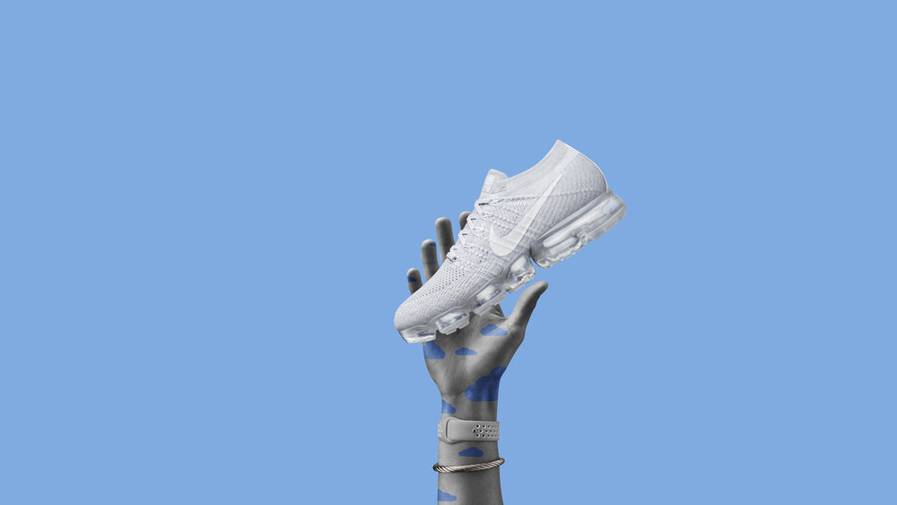 Welcome to the rebirth of Air. With a flexible Flyknit upper atop a radically reinvented Air cushioning system, the Nike Air VaporMax reignites the Air Revolution, declaring in no uncertain terms that the state of Air is once again State of the Art.