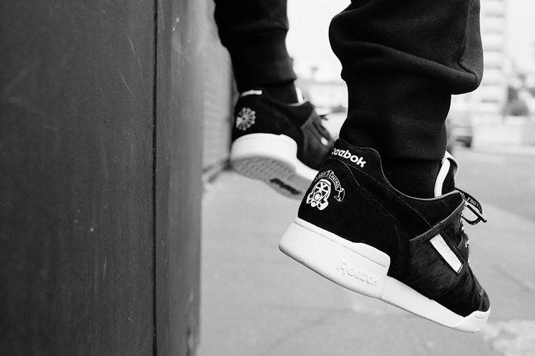 0a7a62c8c036e The Footpatrol Reebok Workout Lo Plus  Blackbuck  comes with three sets of  laces - tonal black