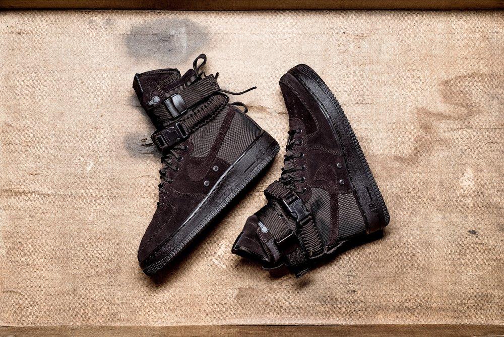 Nike_SF_AF1_brown_maroon_sneaker_politics_hypebeast_5.jpg