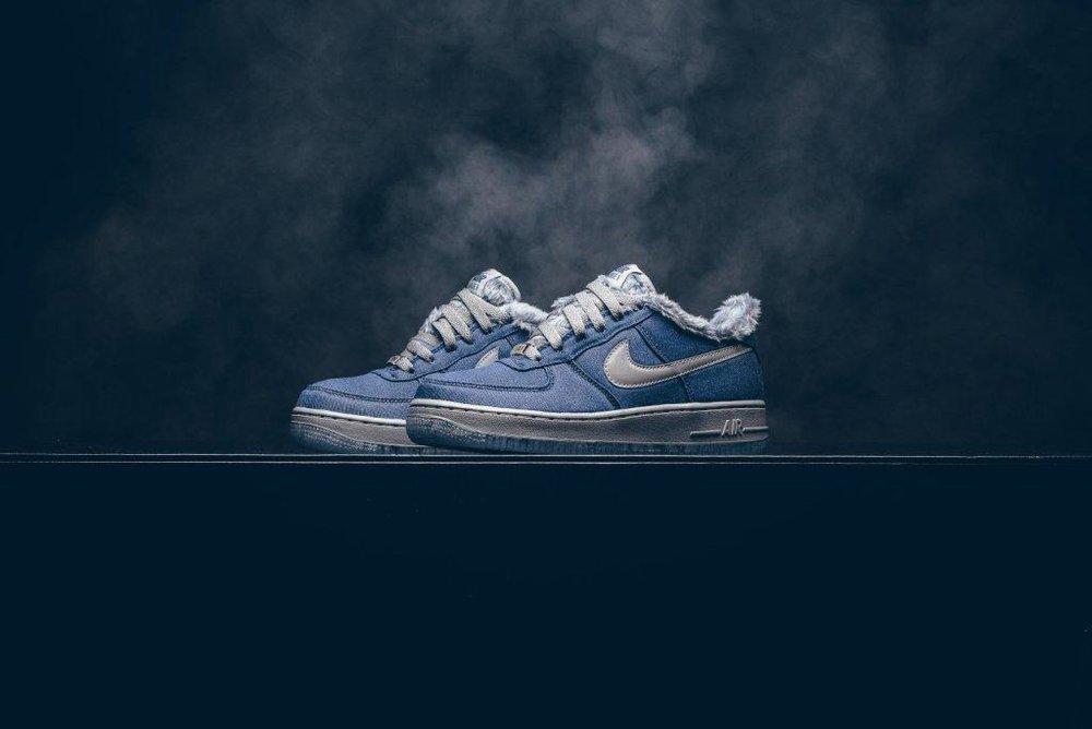 Nike_Air_Force_1_Pinnacle_QS_GS_Full_Moon_AJ4234_400_Sneaker_politics_2.jpg