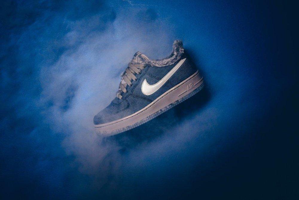 Nike_Air_Force_1_Pinnacle_QS_GS_Full_Moon_AJ4234_400_Sneaker_politics_7.jpg