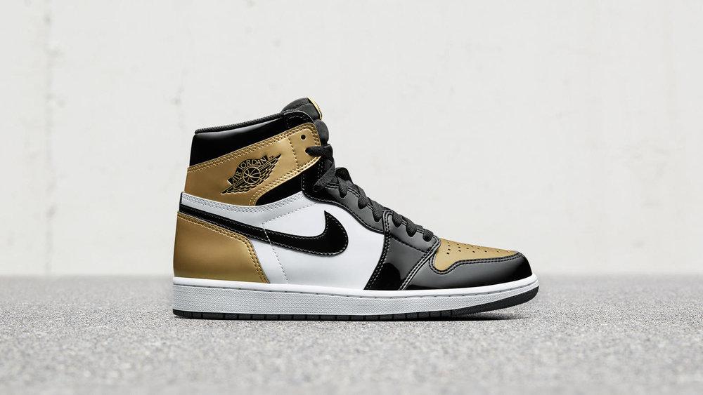 gold-jordan-1-top-3-04_hd_1600.jpg