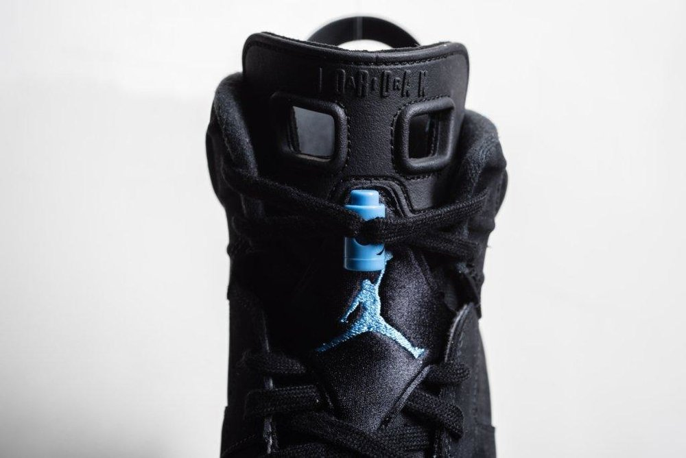 Air_JOrdan_6_Retro_Black_Carolinba_Blue_Sneaker_Politics_9.jpg