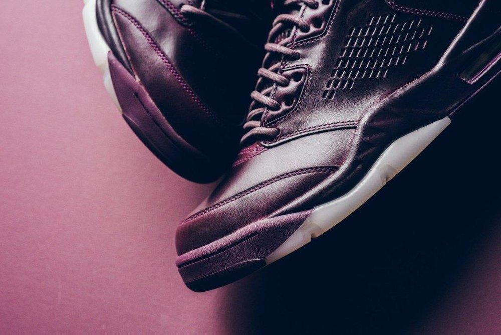 Air_JOrdan_5_retro_Premium_bordeaux_881432_612_sneaker_politics_11.jpg