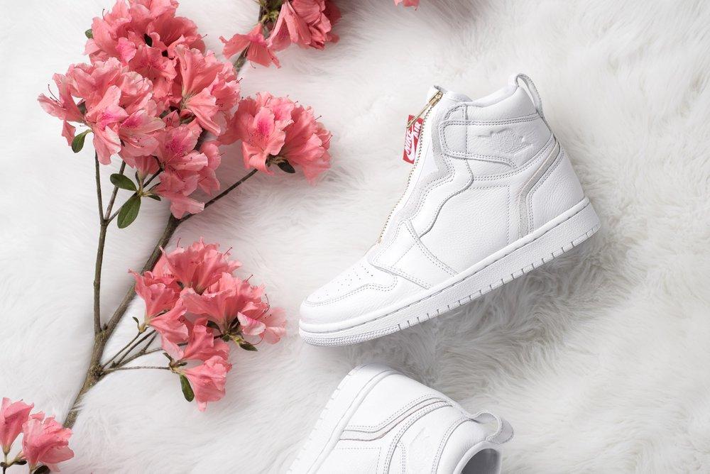 WMNS_Air_Jordan_1_High_Zip_White_Gold_Red_Sneaker_Politics_1.jpg