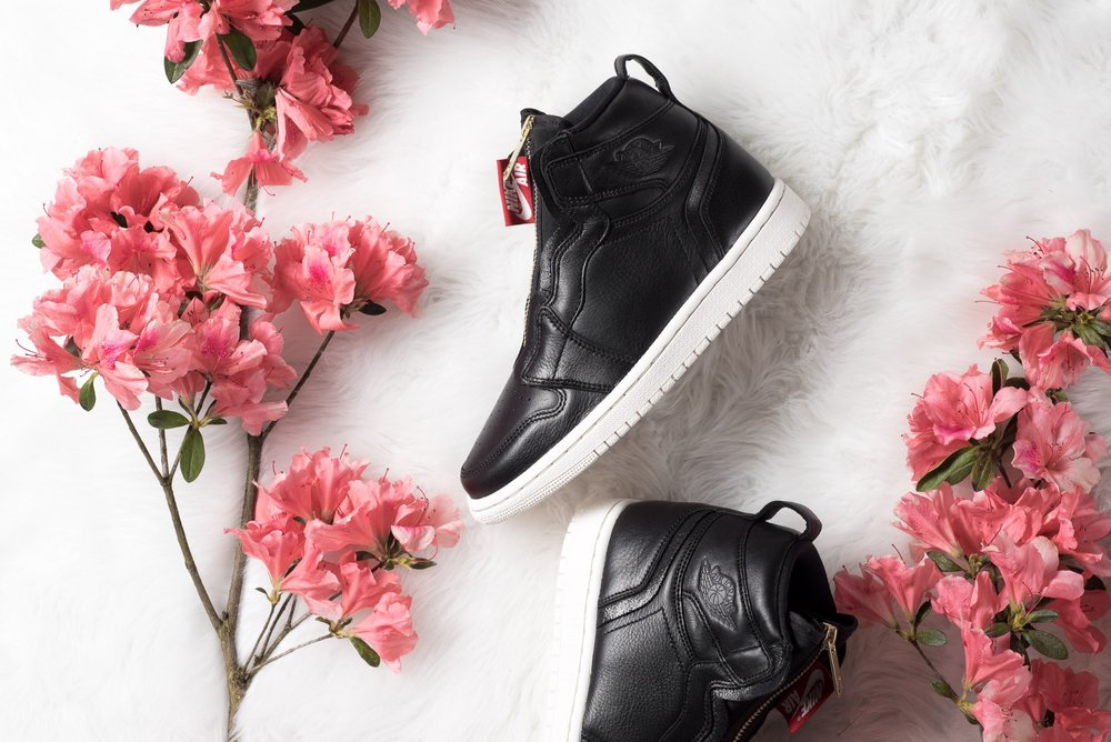 WMNS_Air_Jordan_1_High_Zip_Black_Gold_Red_Sneaker_Politics_1.jpg