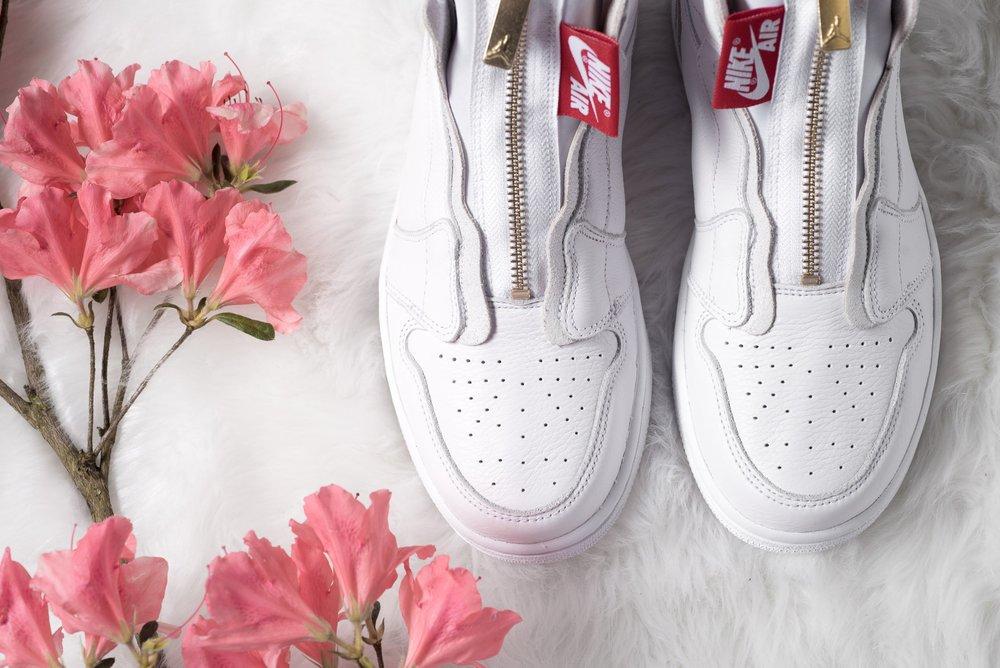 WMNS_Air_Jordan_1_High_Zip_White_Gold_Red_Sneaker_Politics_9.jpg