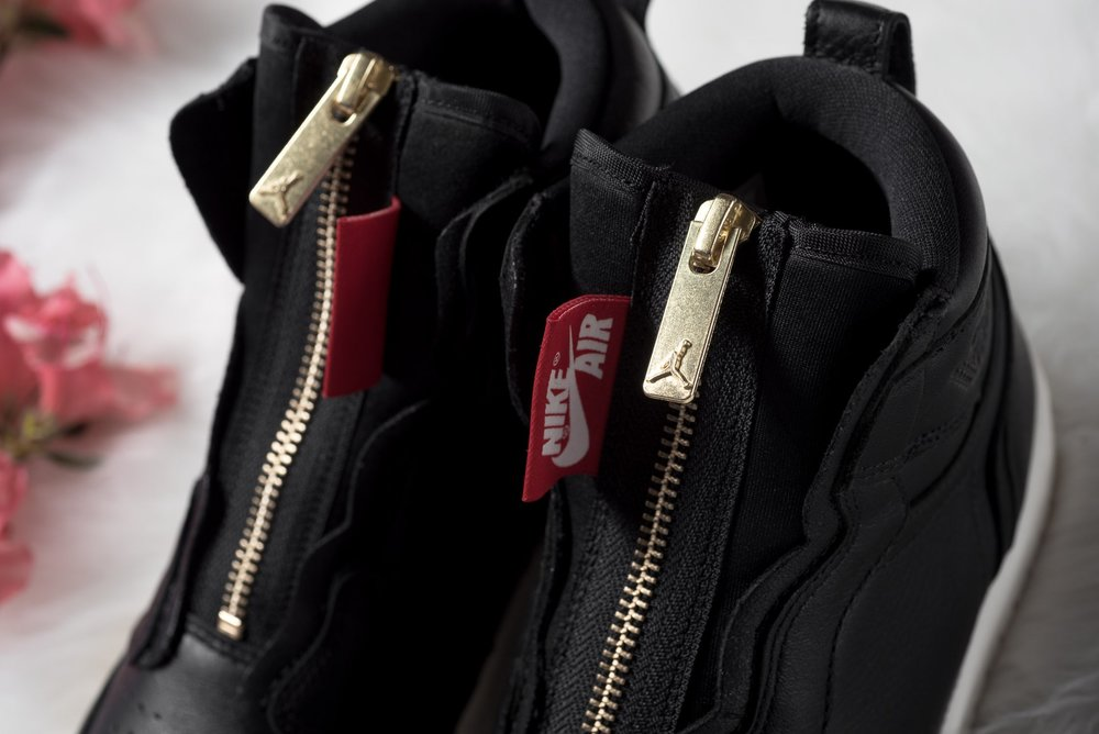 WMNS_Air_Jordan_1_High_Zip_Black_Gold_Red_Sneaker_Politics_8.jpg