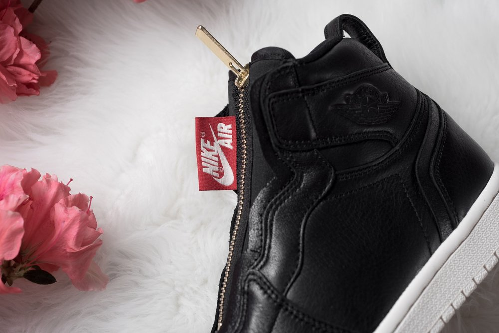 WMNS_Air_Jordan_1_High_Zip_Black_Gold_Red_Sneaker_Politics_5.jpg