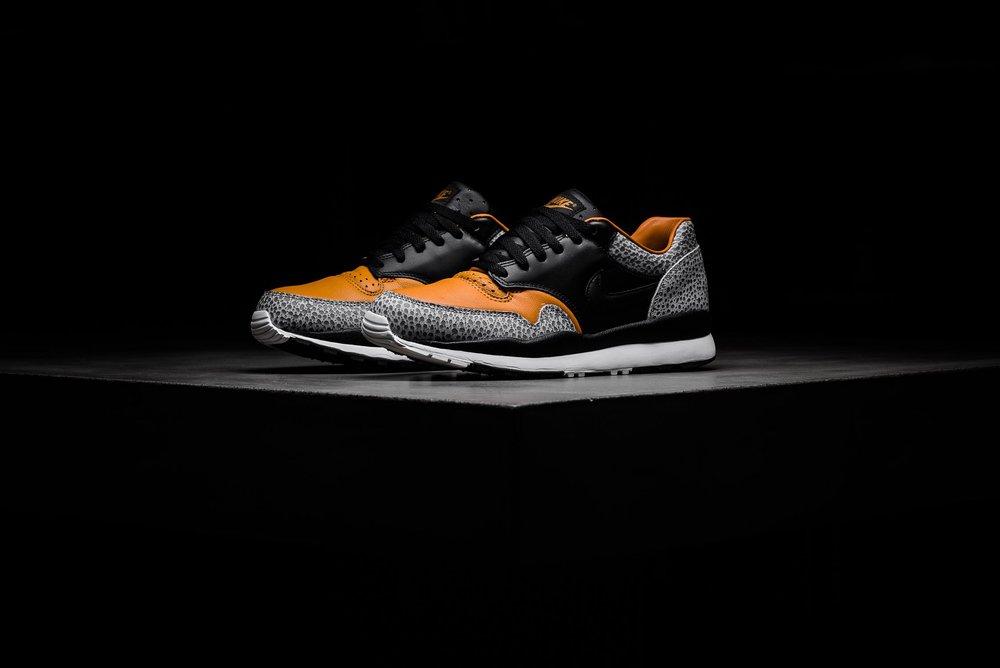 Nike Air Max Safari QS Black Black Monarch AO3295-001 sneaker politics 1.jpg 18cc76f7e