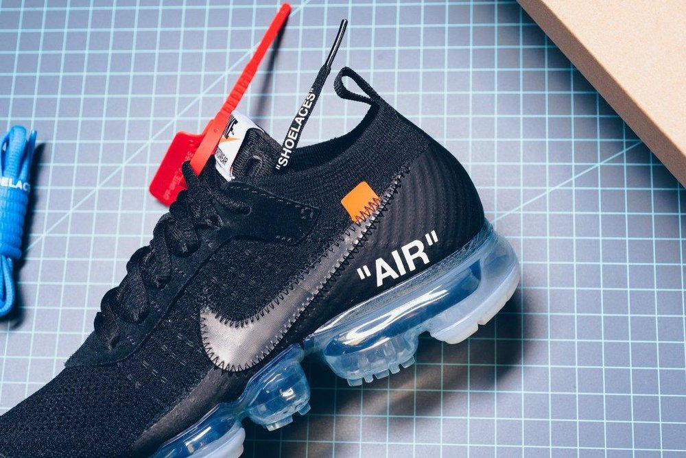 Nike_The_10_-_Nike_Air_Vapormax_Flyknit_Black_Clear_Total_Orange_AA3831-002_sneaker_politics_4-2_2048x2048.jpg