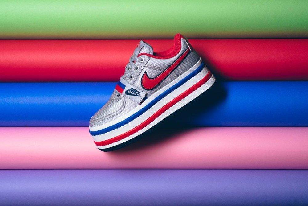 WMNS_Nike_Vandal_2X_Metallic_Silver_University_Red_AO2868_001_sneaker_politics.jpg
