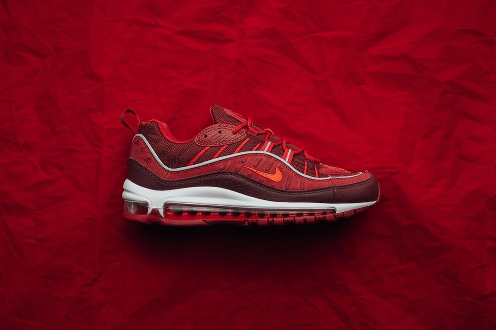 7b1c9c5f3 Nike Air Max 98 SE - Team Red-Habanero Red-Gym Red-White AO9380-600 May 17 2018-1 1024x1024.jpg