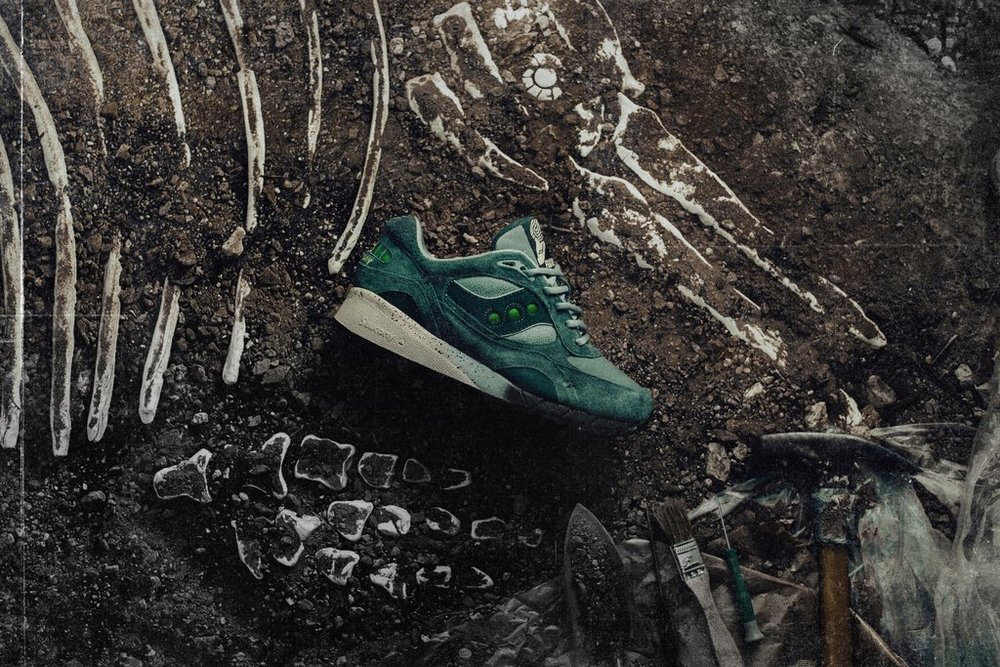 1-Feature_x_Saucony_Shadow_6000_Living_Fossil_S70429-1_-Feature-LV-0065_2_6938e505-3db5-4a71-b37e-d133c651fec4_1024x1024.jpg
