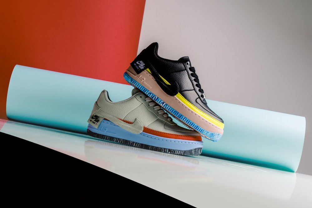 Nike_Women_s_AF1_Jester_XX_SE_AT2497-001_AT2497-002_-Feature-LV-0071_1024x1024.jpg