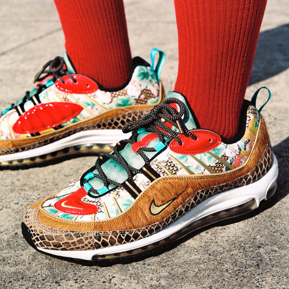 NikeCNY2019_AM98_000001_square_1600.jpg