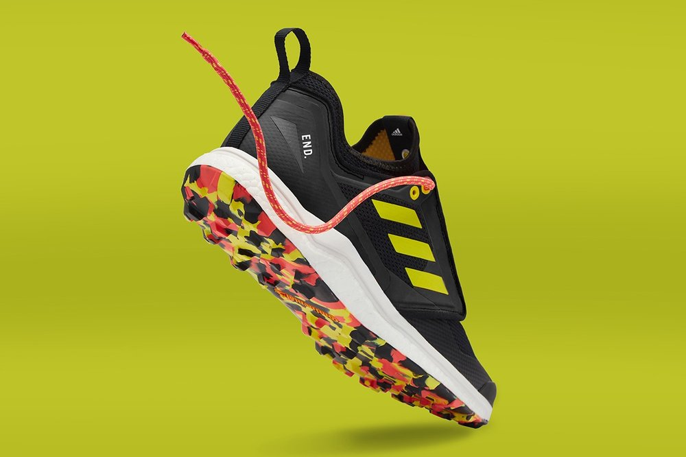 https___hypebeast.com_image_2019_03_end-adidas-consortium-terrex-agravic-xt-thermochromic-5.jpg