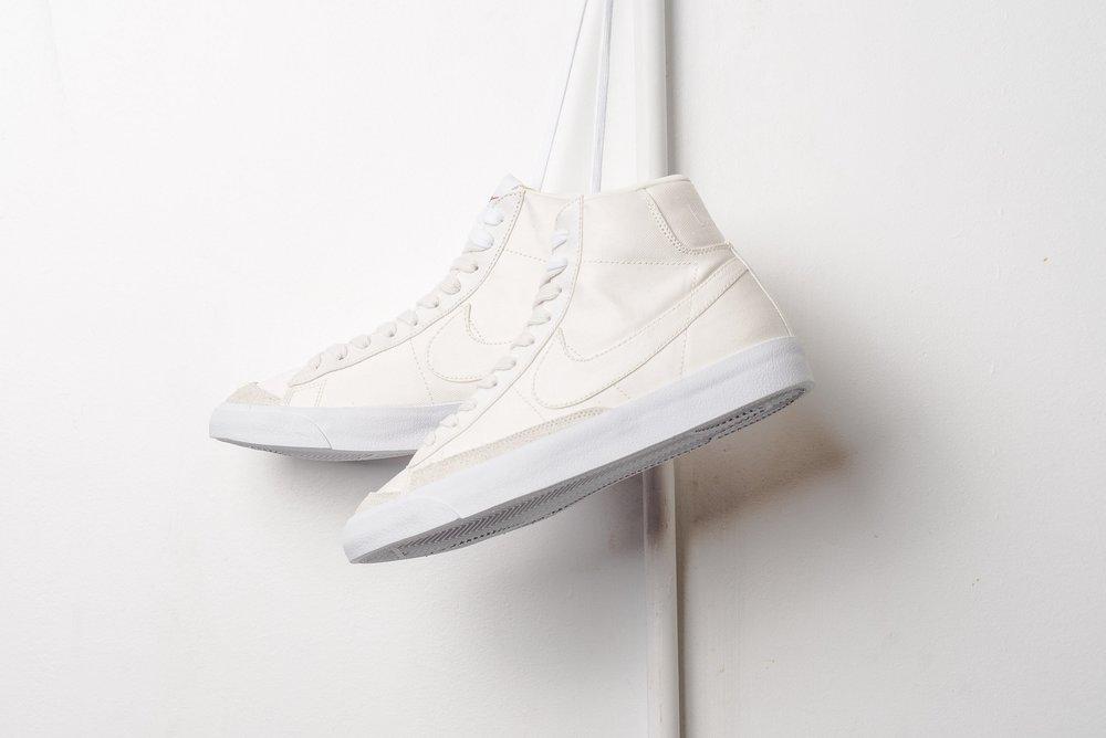 Nike_Blazer_Mid_77_Vintage_WE_Sail_Sail_White_cd8238-100_sneaker_politics_-2.jpg
