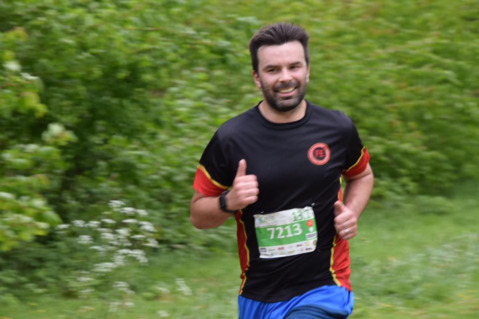 Thank You Sylvia Jones for the picture :) It wasn't a deliberate thumbs up, apparently I just run like that.