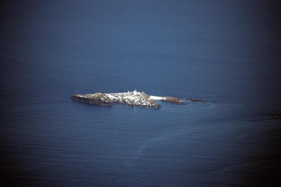 Struten fyr ute i havet utenfor kysten av Fredrikstad og Hvaler.