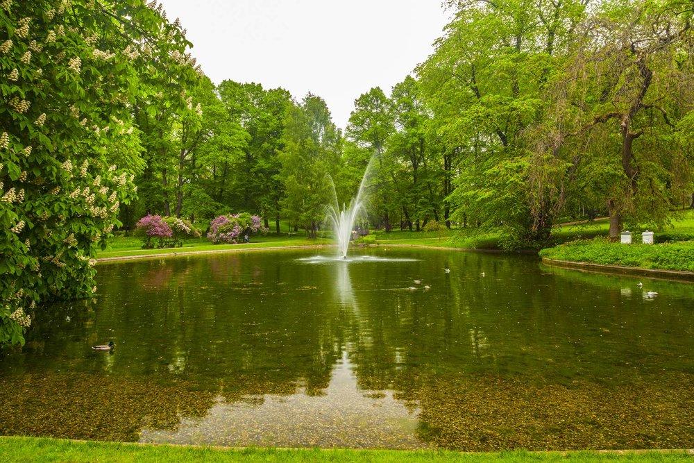 oslo-slottsparken-742786102.jpg
