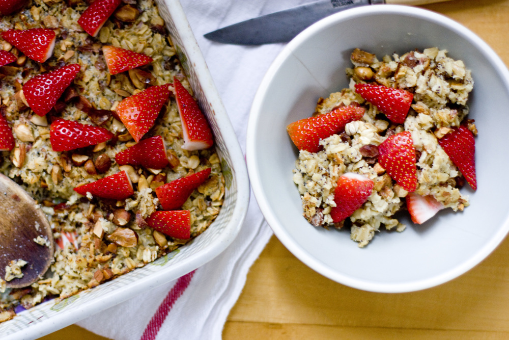 baked oatmeal :: strawberry, almond, poppy seed