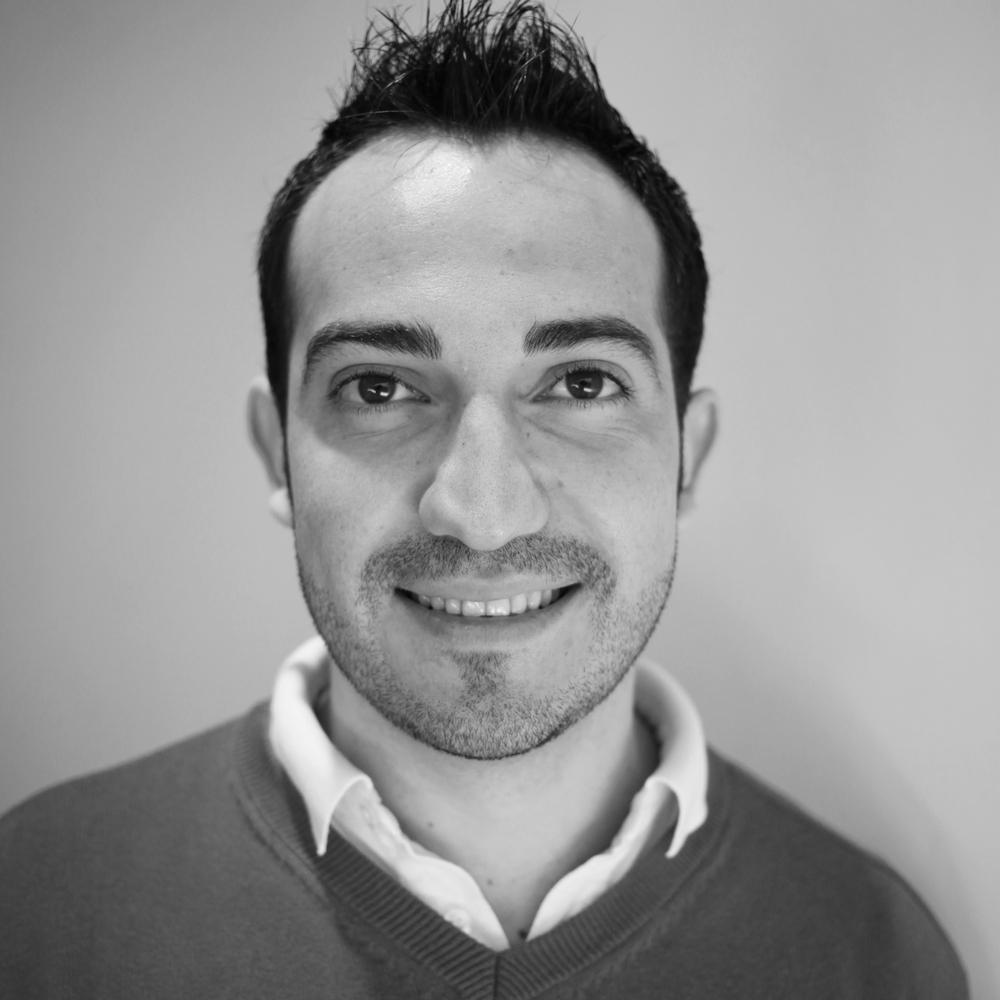 Felix Cardona Gerente de Interiores Arquitecto