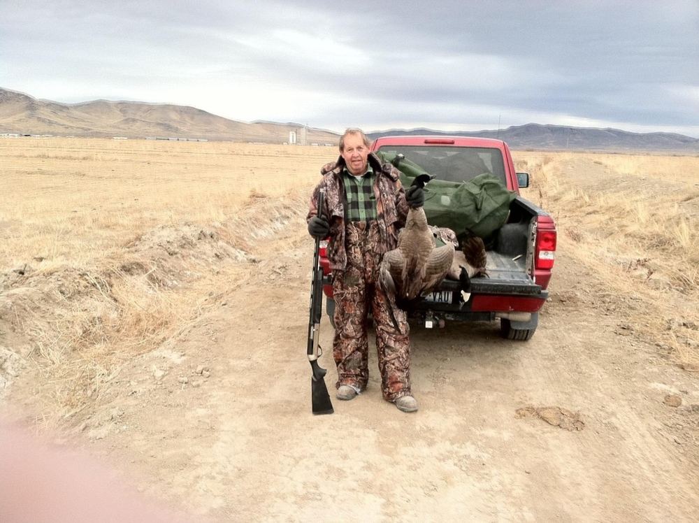 bullhead-hunting-club-bird-hunt-truck.jpg
