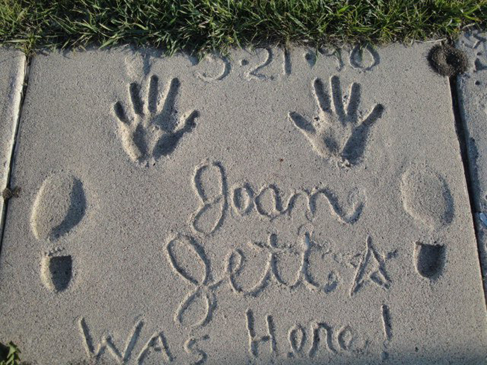 Fargo-ND-walk of fame-joan jett.jpg
