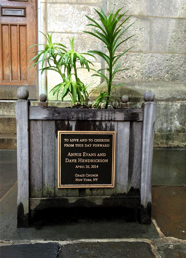 masterwork-plaques-custom-bronze-plaques-donor-dedication-memoral-custom-plaques-grace-church-new-york.png