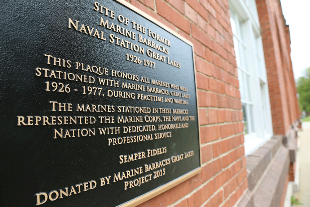 masterwork-plaques-military-insignia-memorials-Marine-Barracks-Great-Lakes.png