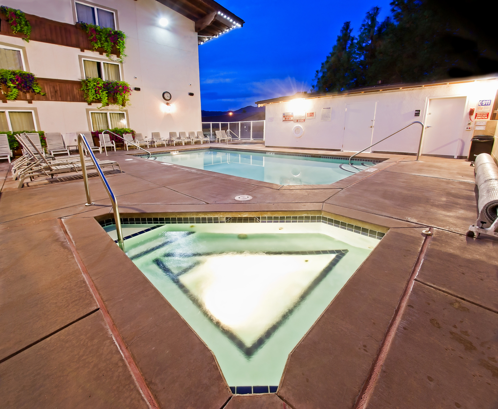Heated pool and hot tubs available all year long.