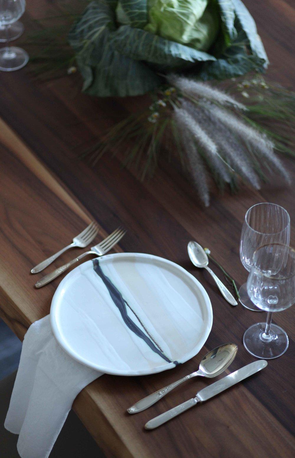 Vajilla CALIXTA - InviernoLínea en blanca - Compra aquíCónoce la historia de esta escena ... ¡bienvenido!